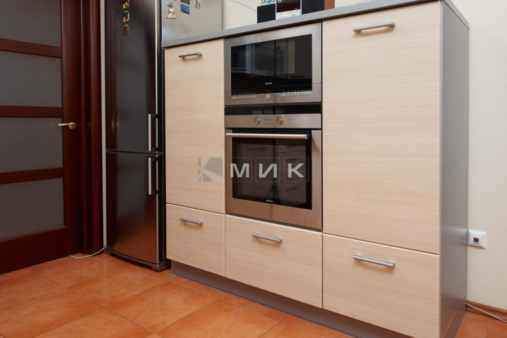 светлая-мебель-для-кухни-на-заказ-1245