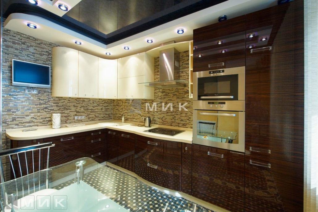 шпонированная-кухня-с-подсветкой-от-MIK-8029