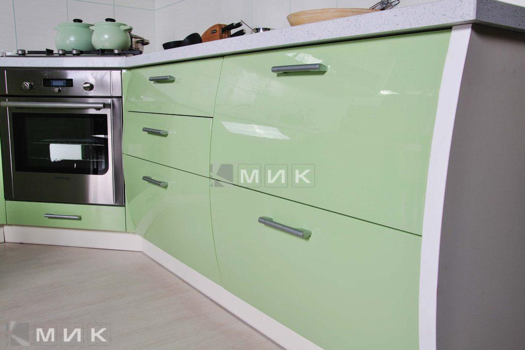фото-кухни-с-дизайном-от-MIK-в-пастельных-тонах-8042