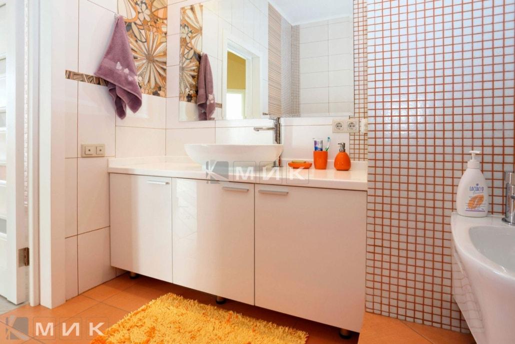 фото-мебель-для-ванной-белого-цвета-6