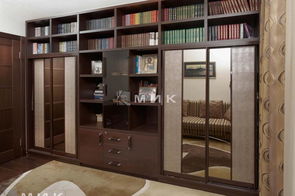 зеркальный-шкаф-для-книг-100