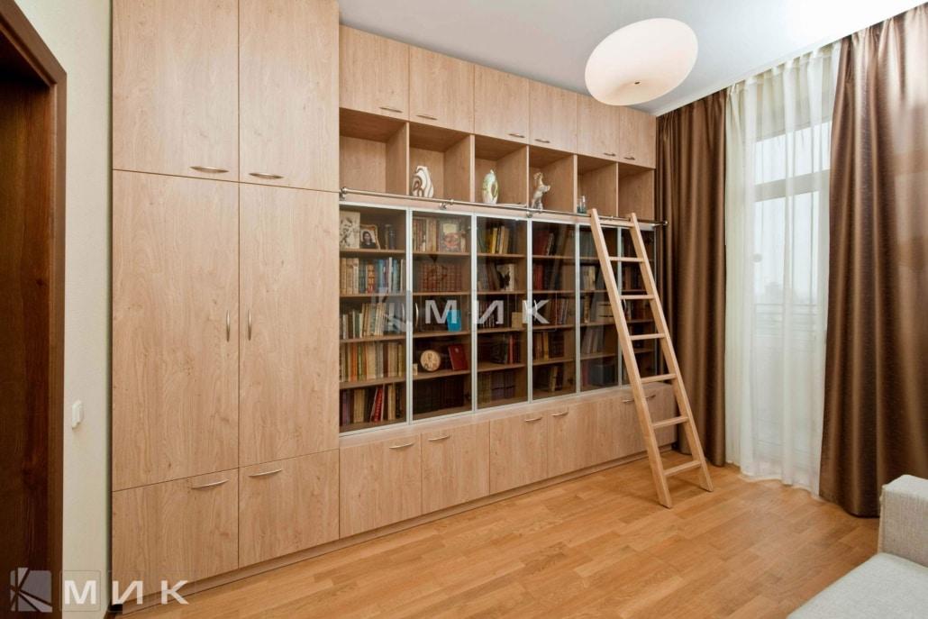 светлый-книжный-шкаф-103
