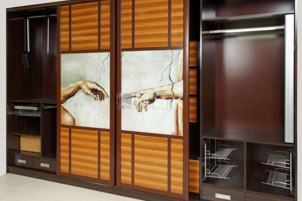 конструкция-шкафа-купе-в-гостиную-комнату-321