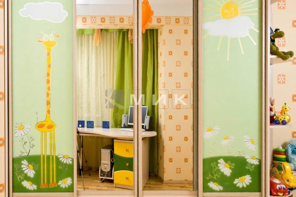 шкаф-купе-для-детской-с-фотопечатью-220