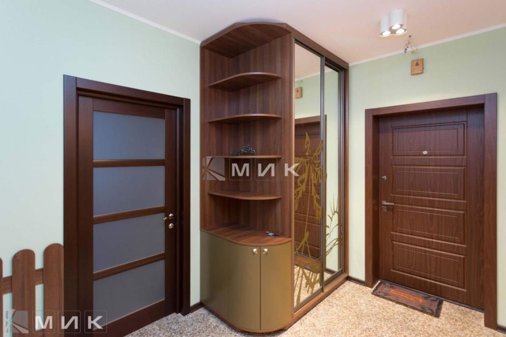 шкаф-купе-с-полками-136