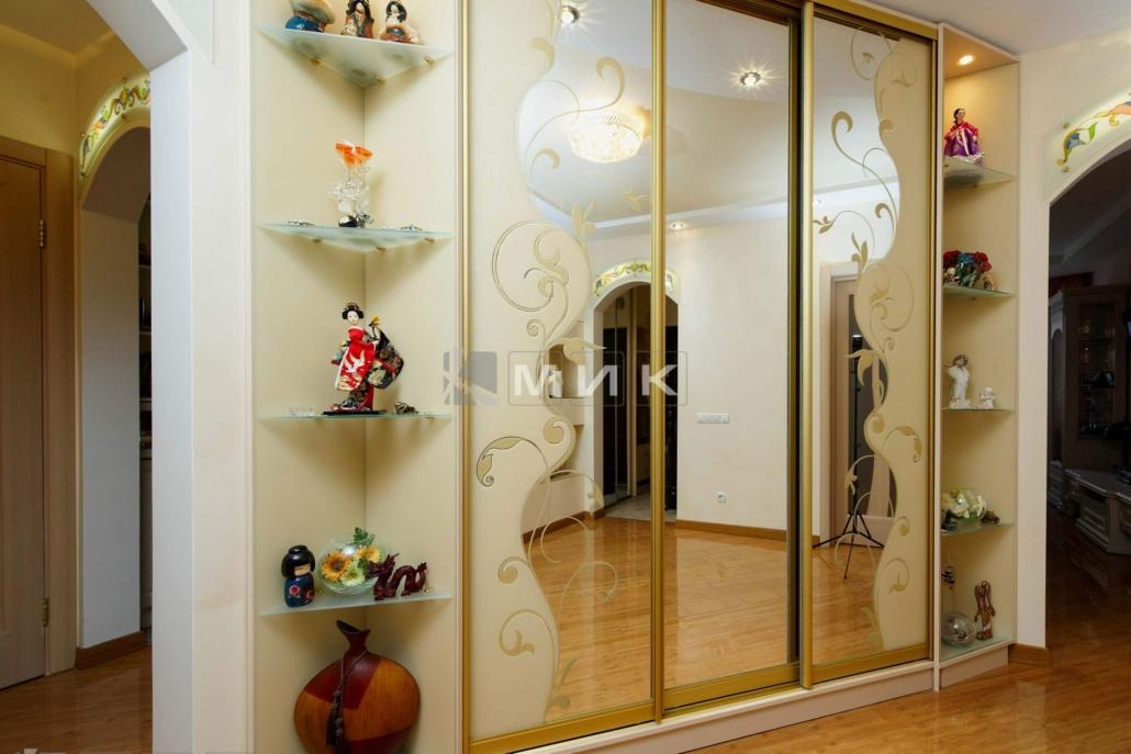 шкаф-купе-зеркальный-в-классическом-стиле-170