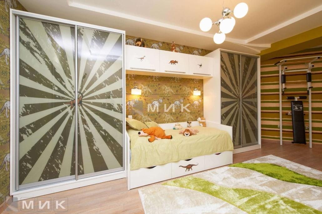 дизайн-шкафа-купе-в-детскую-комнату-204
