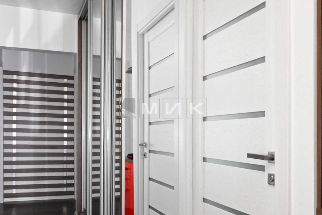 зеркальный-шкаф-купе-для-прихожей-226