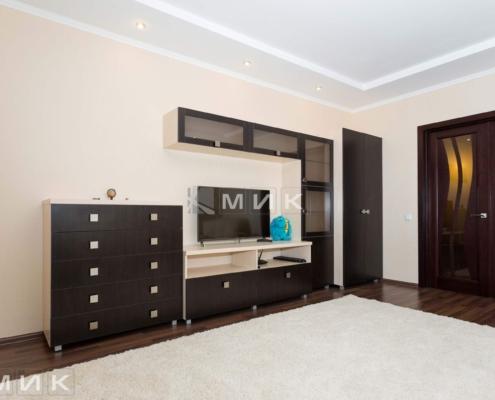 Стенка-в-гостиную-с комодом-из-ДСП-(пчелки-5)-1000