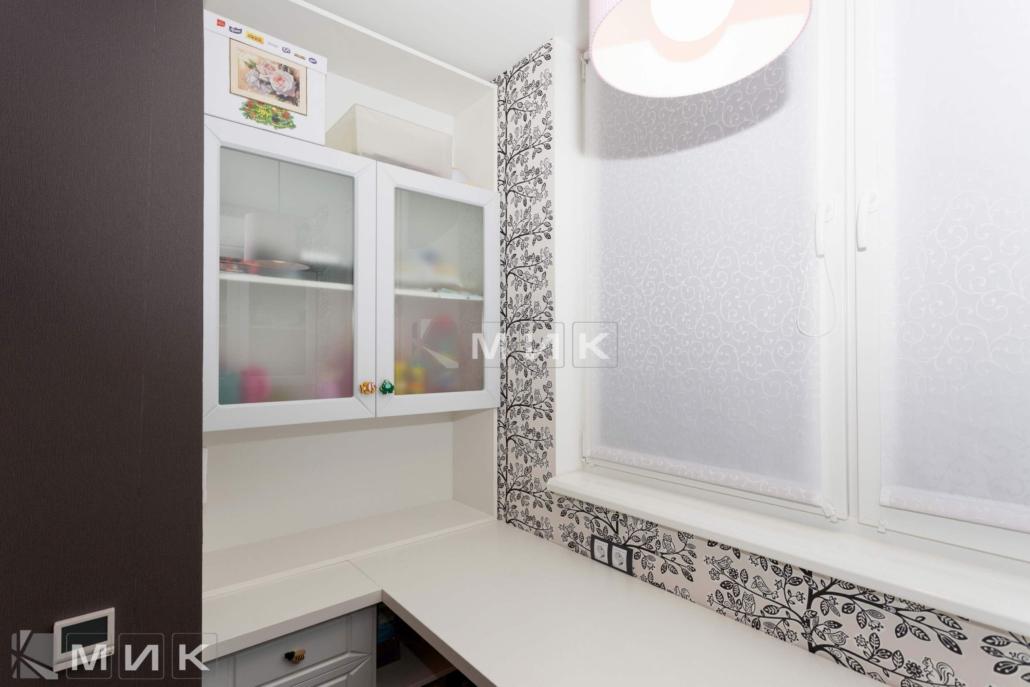 Белый-шкафчик-со-стеклом-(Маяковского-21а)-1000