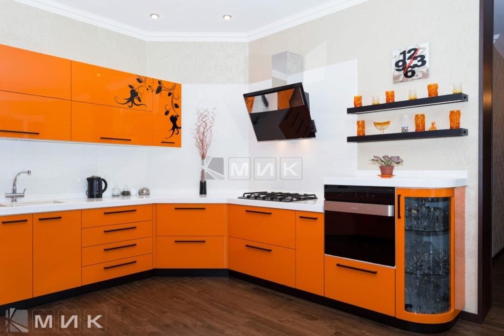 Оранжевая-кухня-пентагон-(Белогородка)-1004
