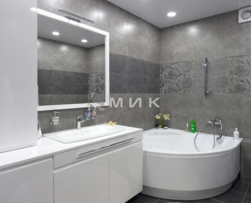 Ванная-комната-МДФ-краска-белая-(обухов)-1000