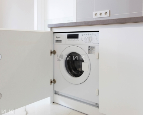 Встроенная-стиральная-машина-вирпул