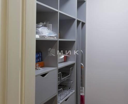 Гардеробная-комната-на-сикорского_1б_-1000