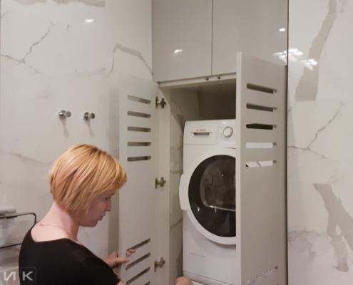 Зашивка-стиральных-машин-фасадами-вентиляция