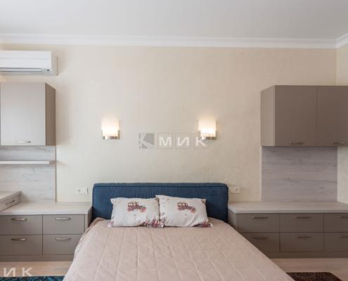 кровать в комнате-подростка-мальчика-1006