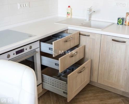 Ящики выдвижные на кухне