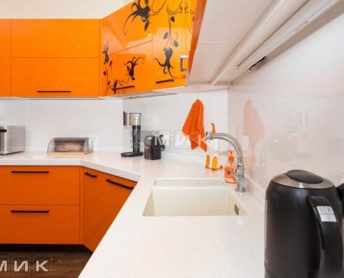 Оранжевая-кухня-пентагон-(Белогородка)-1008