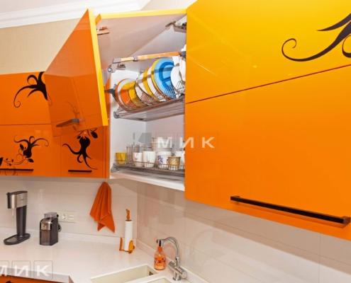 Оранжевая-кухня-пентагон-(Белогородка)-1010