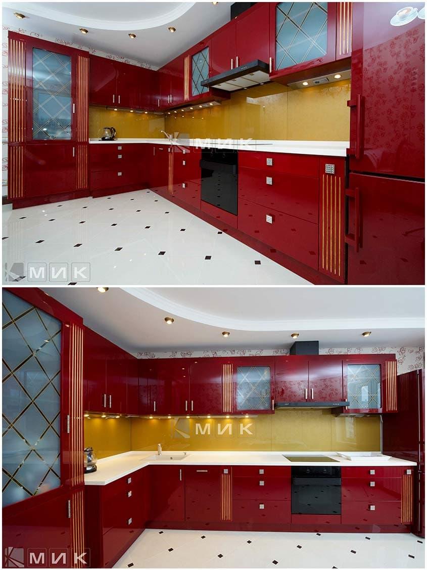 кухня-красная-с-золотой-патиной