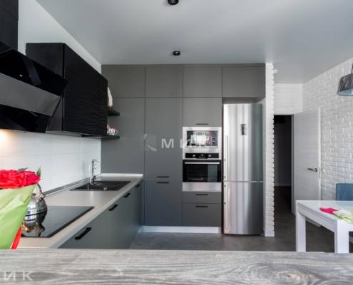 кухня-серого-цвета_05_17_-1005