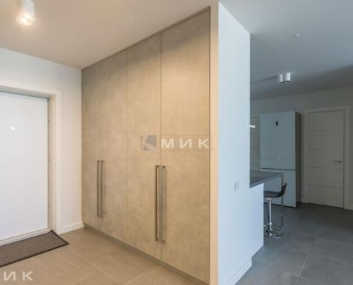 распошной-встроеный-шкаф-в-коридоре-1001