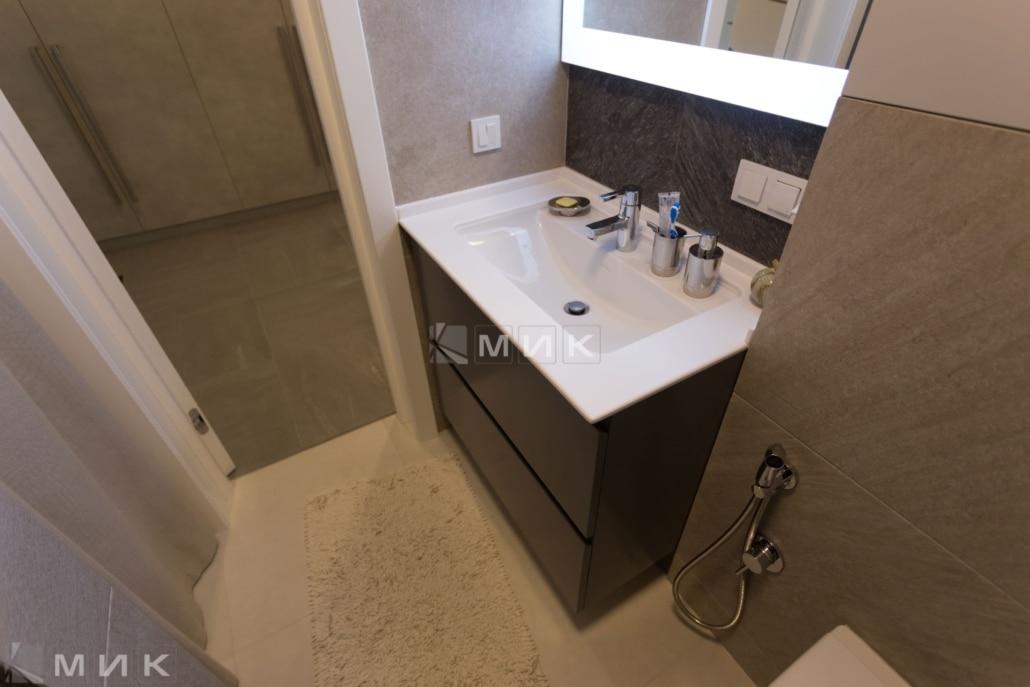 Ванная-комната-с-тумбой-на-трутенко-1002