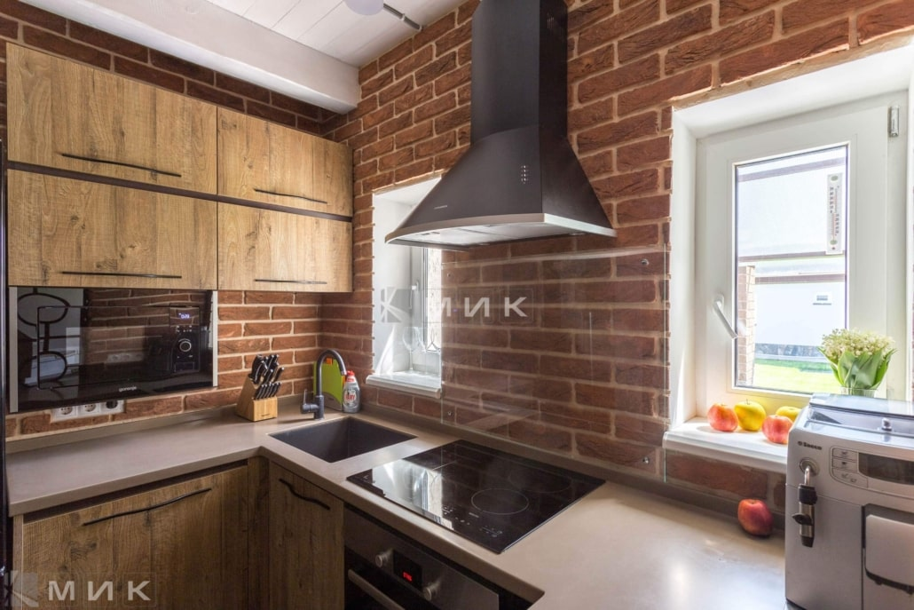 Кухня-в-лофт-интерьере-частного-дома-1005