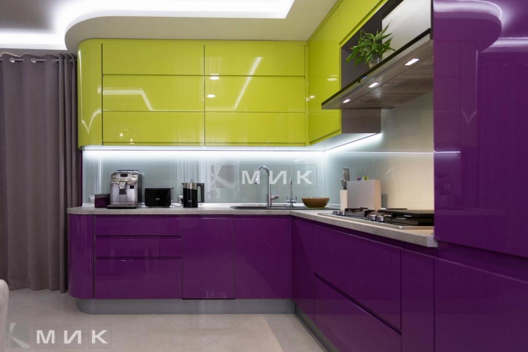 Кухня-студия-желто-фиолетовая(обухов)-1005