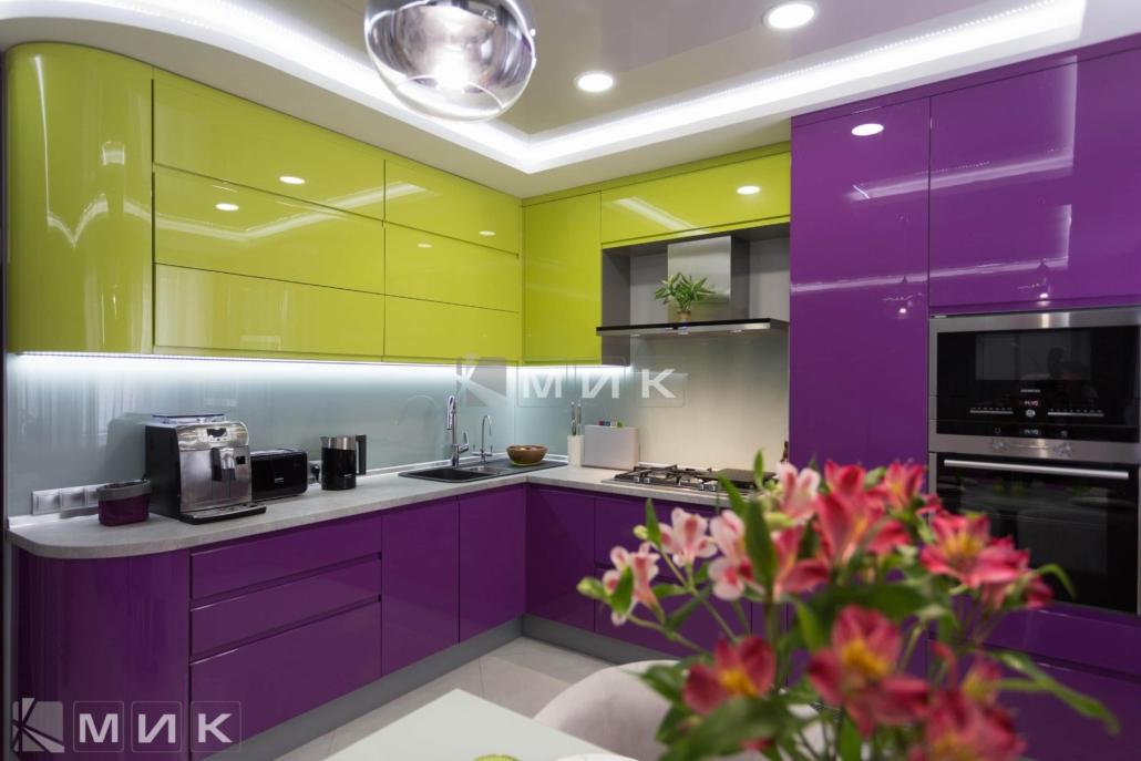 Кухня-студия-желто-фиолетовая(обухов)-1008