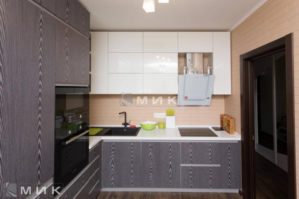 Кухня-с-фасадами-ДСП-(Сверстюка)-1001
