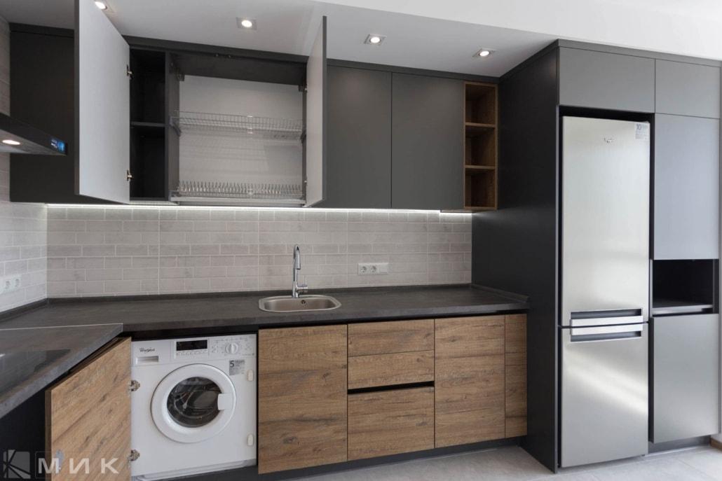 Кухня-фасад-пластик-серый-и-kleaf-1006