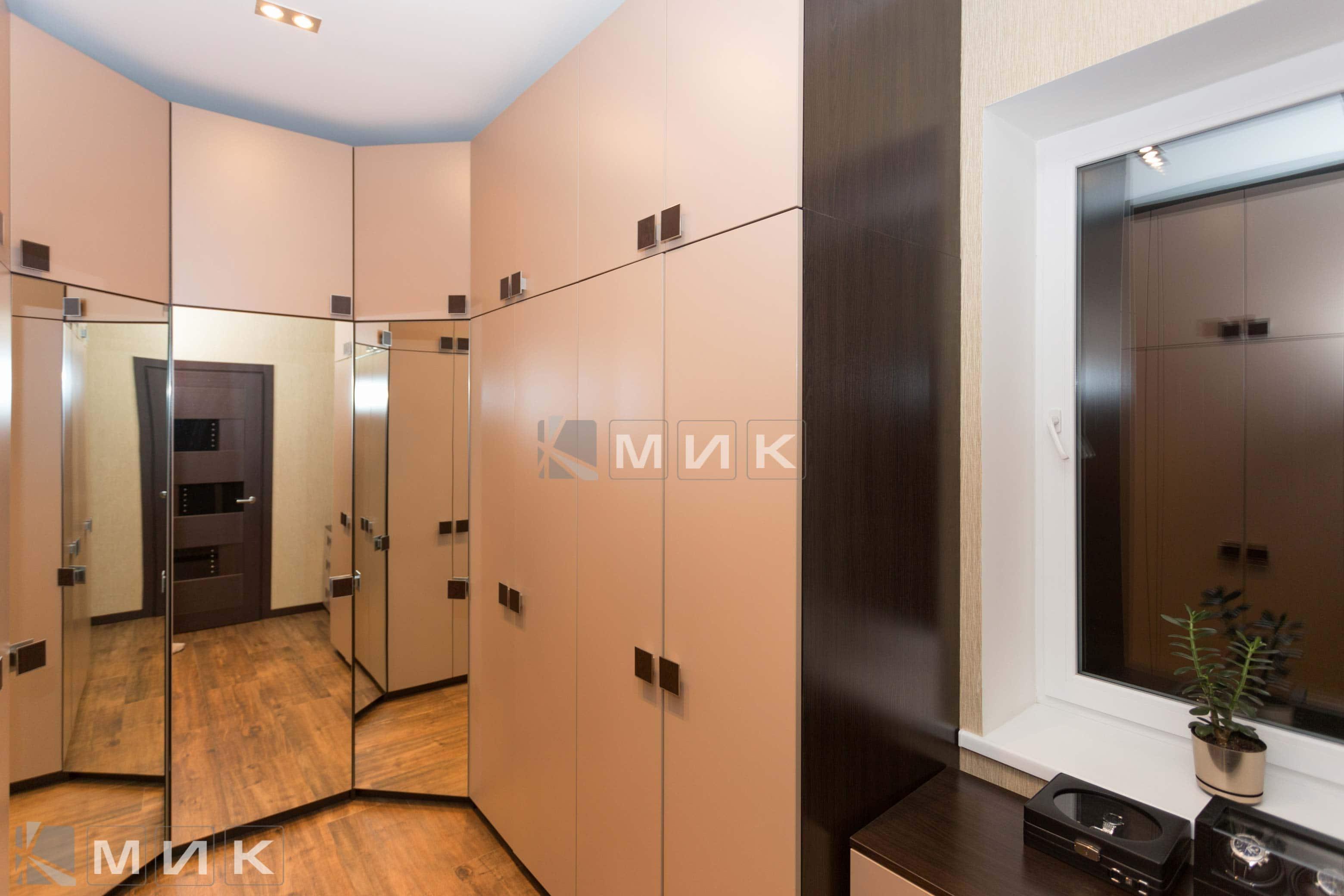 Мебель-в-гардеробную-комнату-(Белогородка)-1001