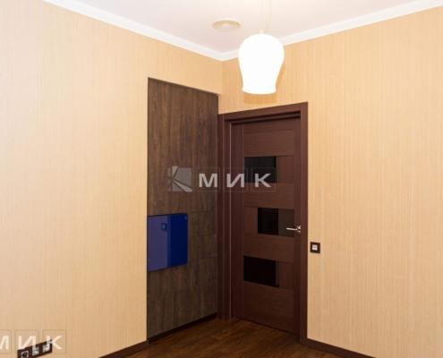 Распашной-шкаф-в-нишу-(Белогородка)-1000