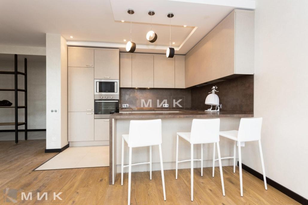 кухня с фасадом kleaf-1001