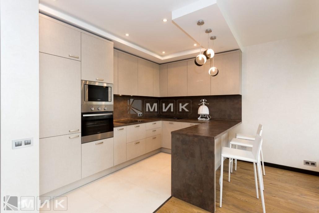 кухня с фасадом kleaf-1002