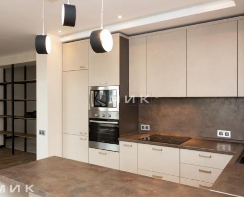 кухня с фасадом kleaf-1005