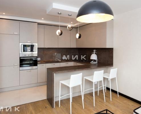 кухня с фасадом kleaf-1008