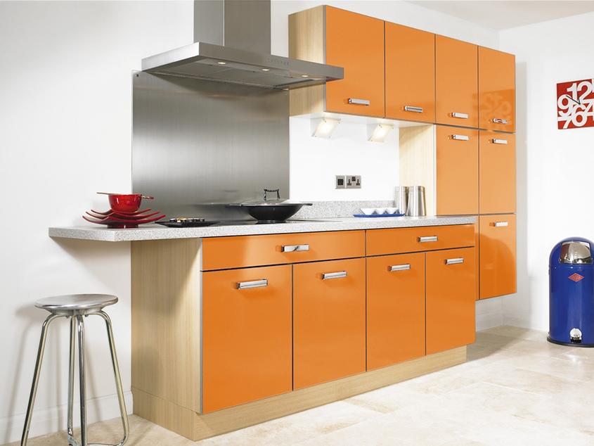 оранжевая-кухня-прямая