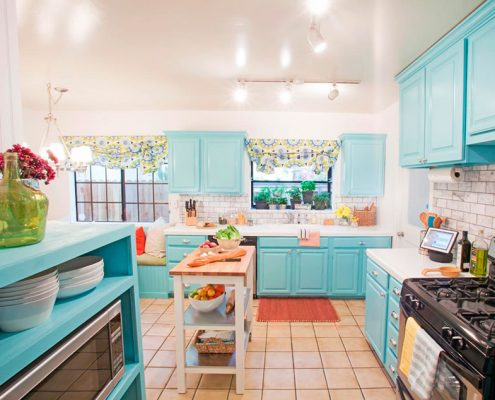 голубой-интерьер-кухни