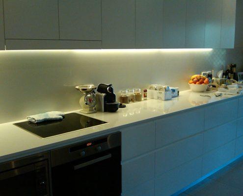 led-освещение-кухня