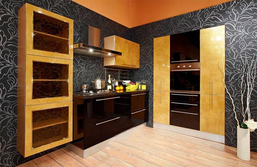 кухня-с-золотыми-фасадами