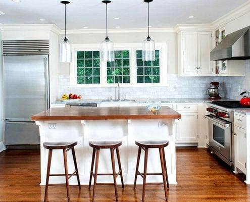 люстры-кухни-столовой