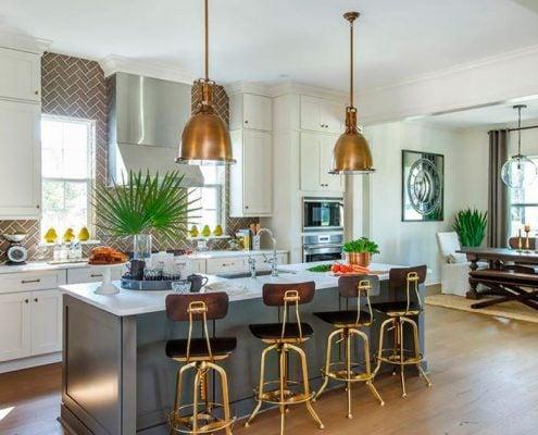стулья-на-кухне-золото