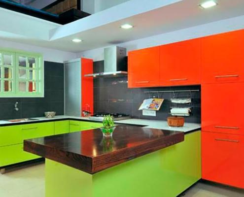 зелёно-оранжевая-кухня
