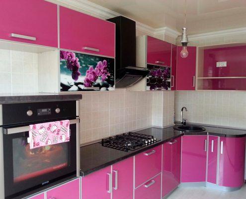 розово-чёрная-кухня