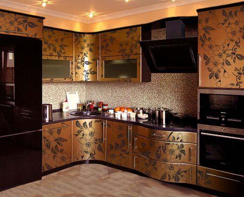 кухня-в-золотом-цвете