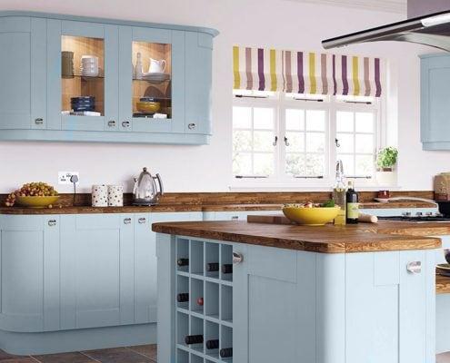 голубая-кухня-в-интерьере