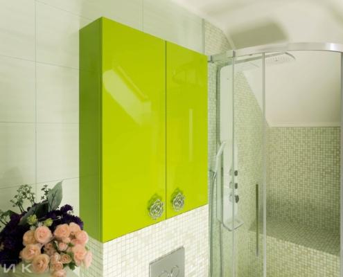 Шкаф в ванную зеленого цвета