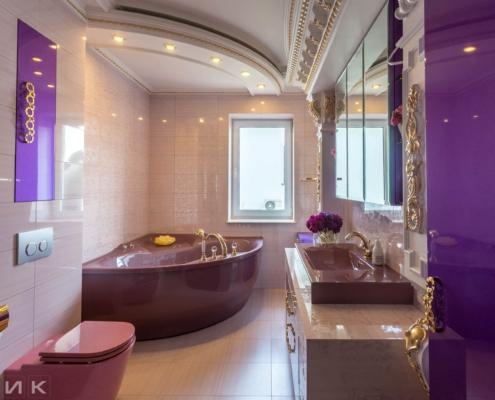 Фиолетовая-ванная-комната-в-царском-стиле-1000